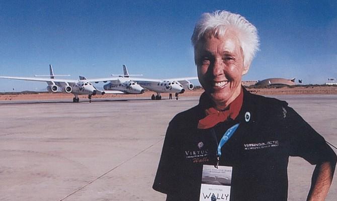 Пассажиром космического корабля New Shepard станет 82-летняя женщина