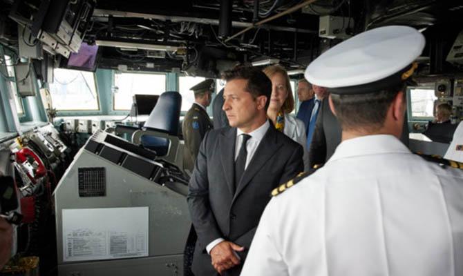 Зеленский посетил эсминец США