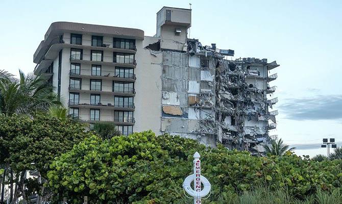 При обрушении жилого дома во Флориде погибло до 140 человек