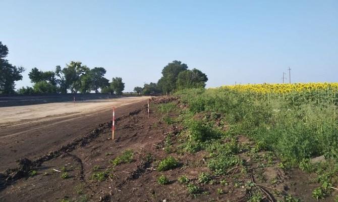 «Большая стройка»: во время ремонта дороги строители уничтожили скифский курган в Черкасской области