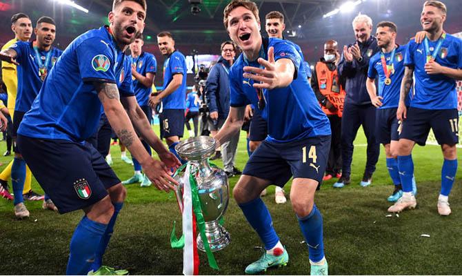 Футболистам сборной Италии дали ордена за победу на чемпионате Европы