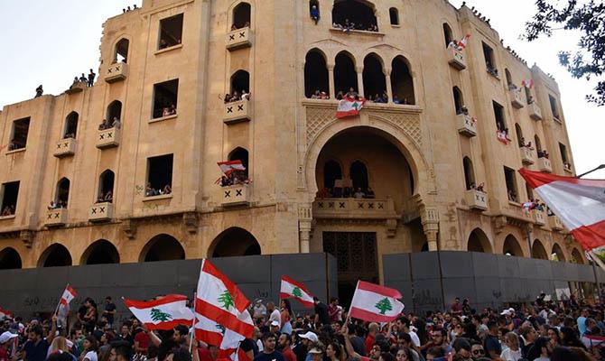 Блинкен и Ле Дриан направили президенту Ливана тайное письмо, требуя вывести страну из кризиса