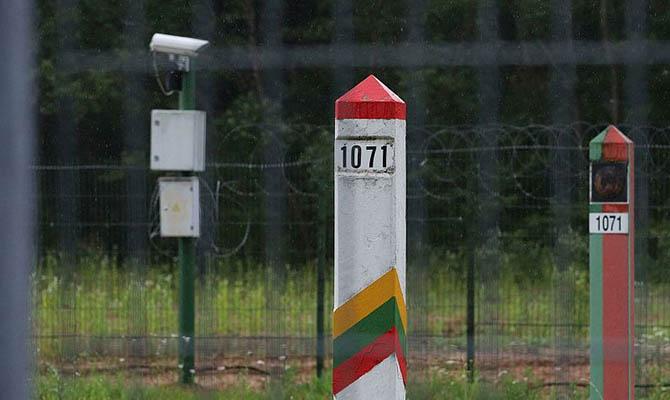 ЕС считает поток мигрантов в Литву провокацией Лукашенко
