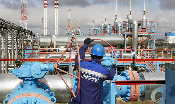 Цена на газ в Европе на открытии торгов держится в районе $1200